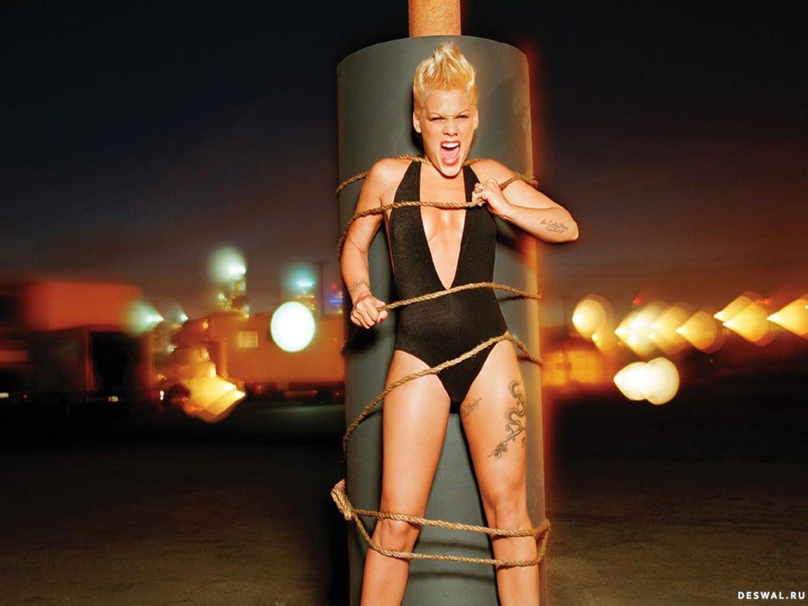 Связанные веревкой блондинки фото 4 фотография