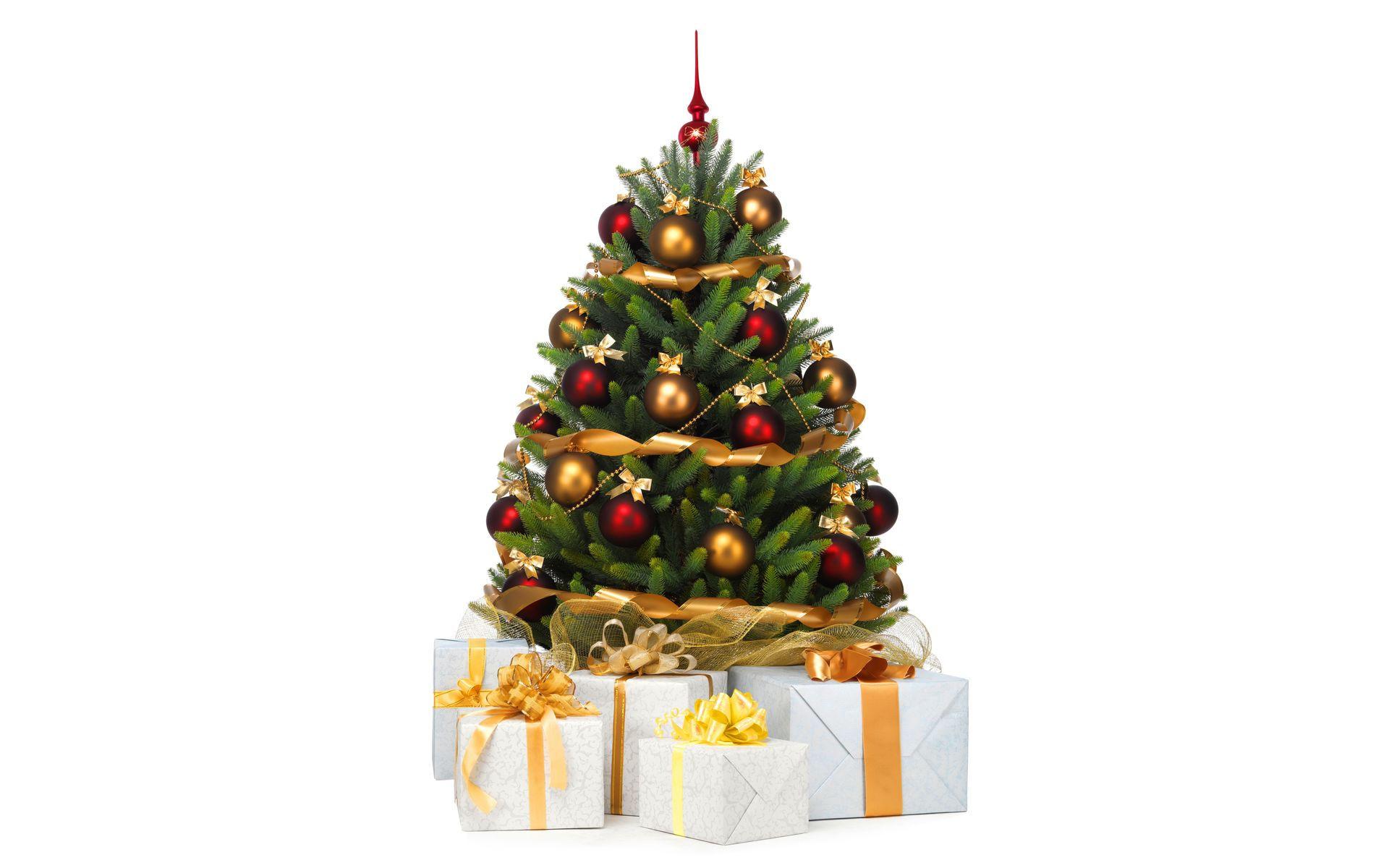 Украшенная ёлка с подарками