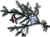 Ветка елки с тремя игрушками