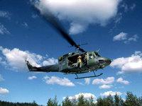 Многоцелевой вертолет в воздухе