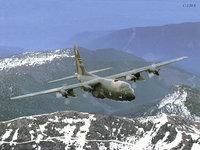 Самолёт С-130 Hercules над горами