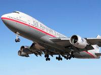 Boeing 747 идет на посадку