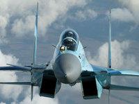 Самолёт sukhoi su-35 в облаках