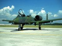 Фэйрчайлд Рипаблик A-10 «Тандерболт» II на полосе