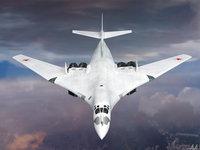 Сверхзвуковой бомбардировщик Ту-160 в небе