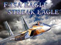 F-15A летит в облаках