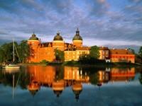 Замок Грипсхольм на острове Меларен, Швеция