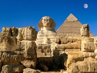 Египетский сфинкс и пирамида