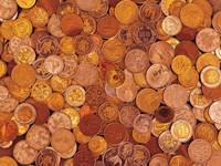 Макро фото много разных монет