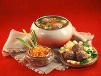 Суп с тефтелями и овощи