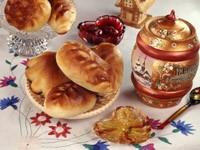Пирожки с вареньем и медом