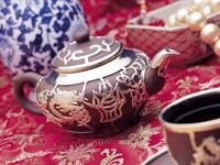 Заварник с чаем