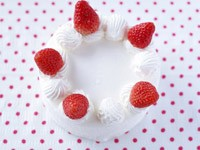 Тортик с клубникой и сливками