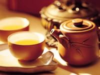 Две чашки с чаем