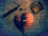 Молоток сердцу не поможет, будут шрамы