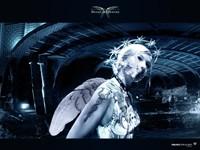 Женщина с крыльями