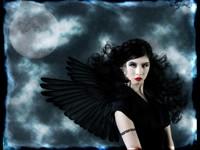 Тёмная девушка с крыльями