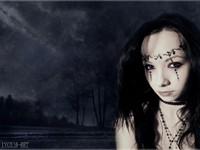 Готичная тёмная девушка