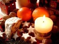 Свеча с новогодными сладостями