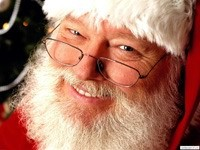 Санта-Клаус с улыбкой