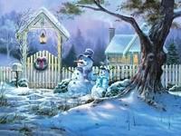 Снеговики возле калитки