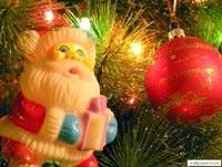 Санта-игрушка и шар