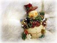 Снеговичок в снегу