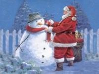 Санта одевает снеговика