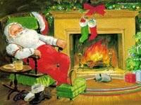 Санта спит у камина