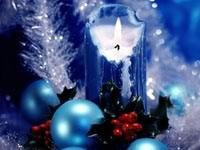 Голубая свеча и шары