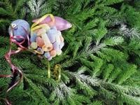 Сладости и игрушки на елке