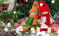 Новогодние куклы с подарками