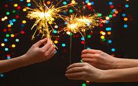 Бенгальские огни в Рождество на новый год