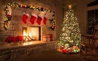 Нарядная ёлка у камина в рождество