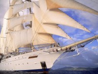 Белый корабль парусник