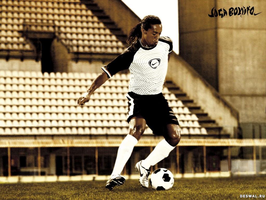 Фото 181. Нажмите на картинку со спортивными обоями - футбол, чтобы просмотреть ее в реальном размере