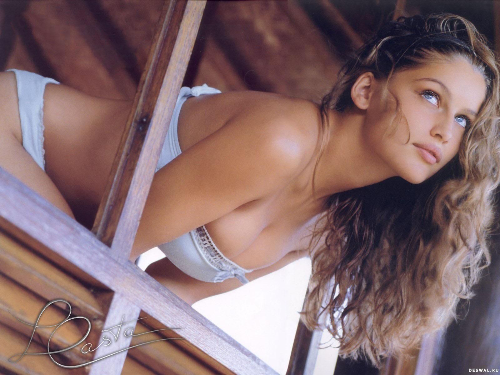 Самая красивая девочка мира эро фото 5 фотография