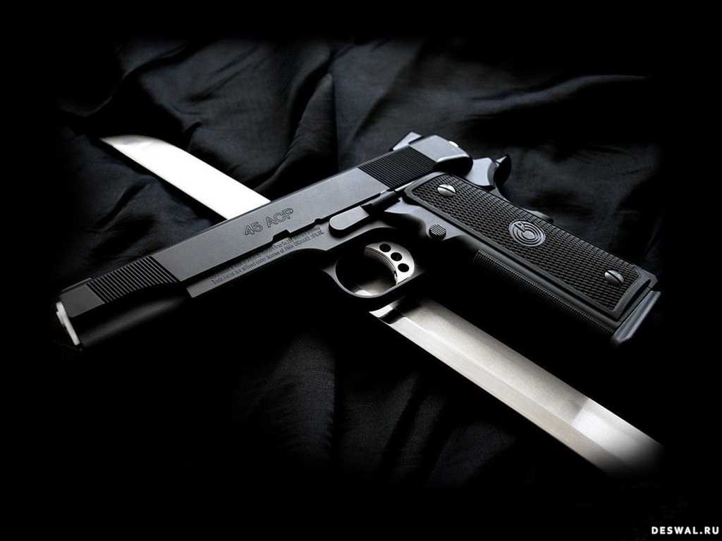 Фото 2. Нажмите на картинку с обоями оружия, чтобы просмотреть ее в реальном размере
