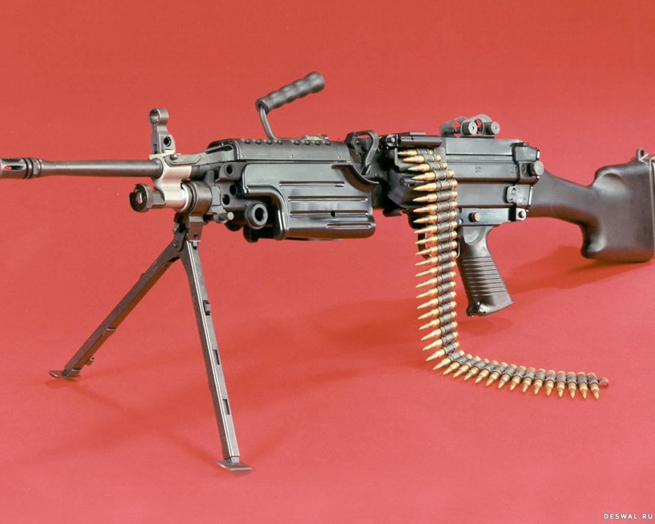 Фото 21. Нажмите на картинку с обоями оружия, чтобы просмотреть ее в реальном размере