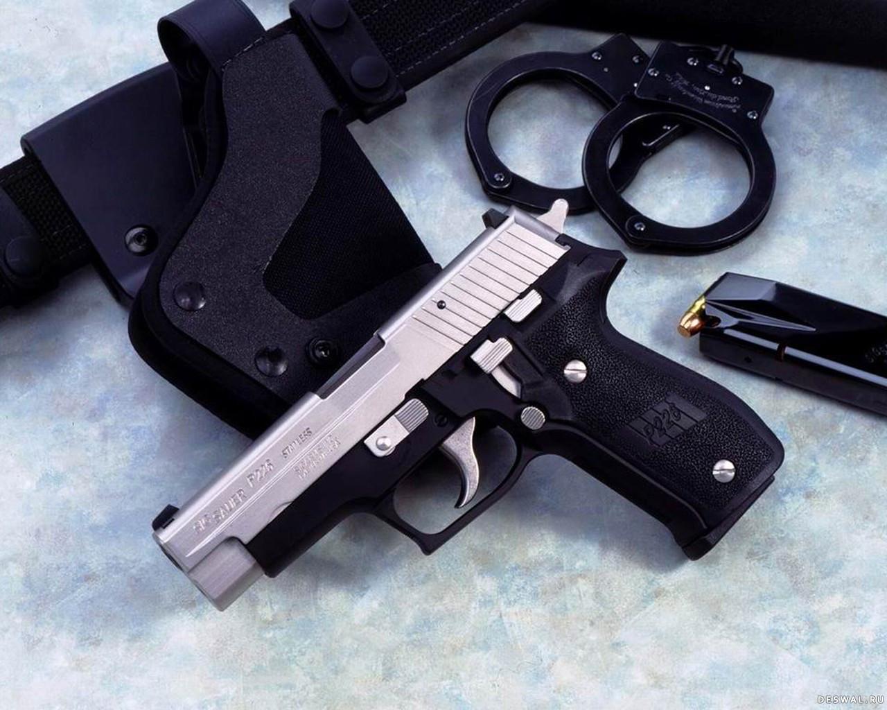 Фото 29. Нажмите на картинку с обоями оружия, чтобы просмотреть ее в реальном размере