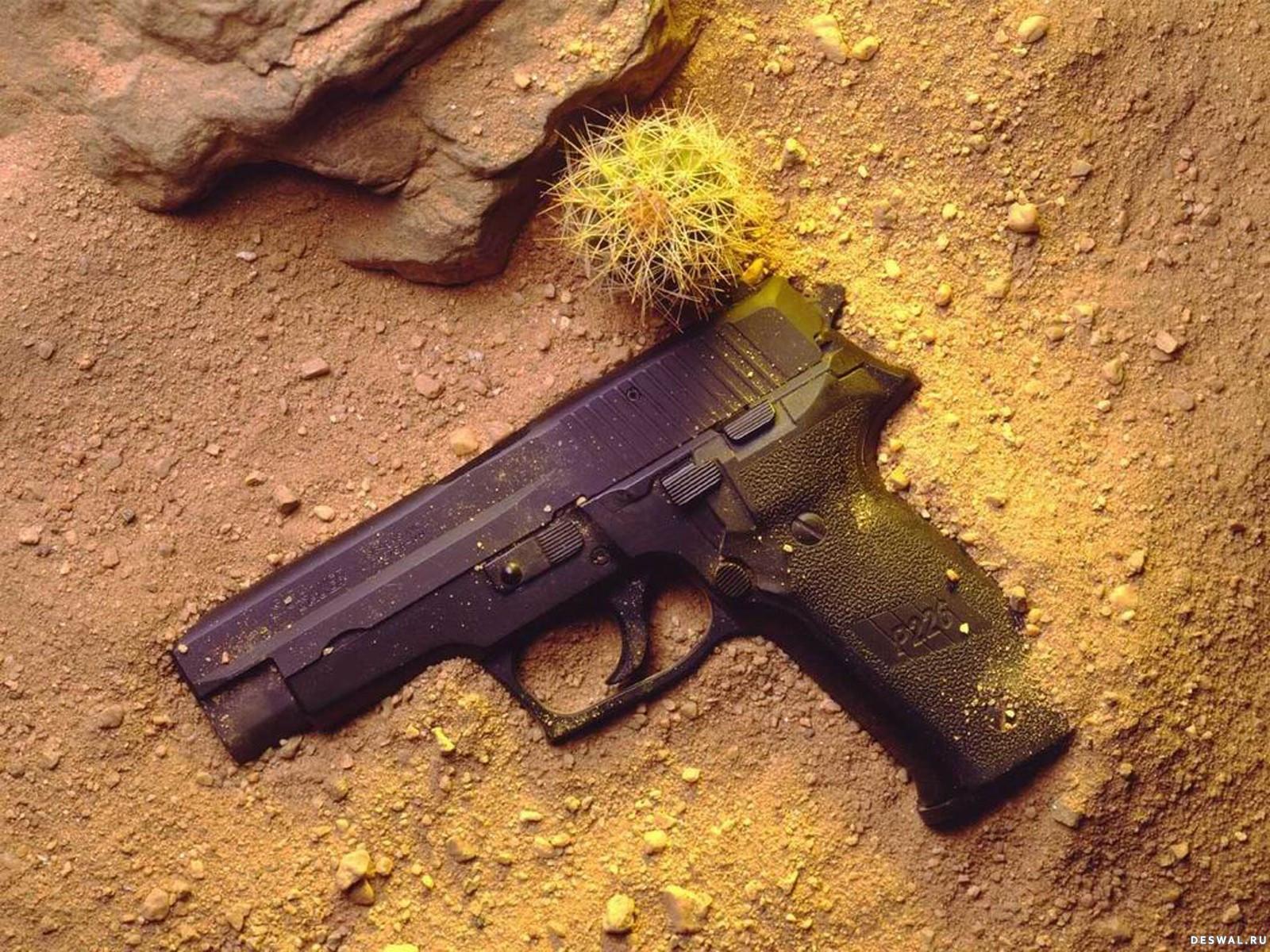 Фото 30. Нажмите на картинку с обоями оружия, чтобы просмотреть ее в реальном размере
