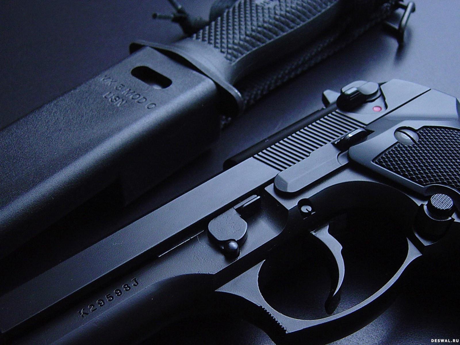 Фото 91. Нажмите на картинку с обоями оружия, чтобы просмотреть ее в реальном размере
