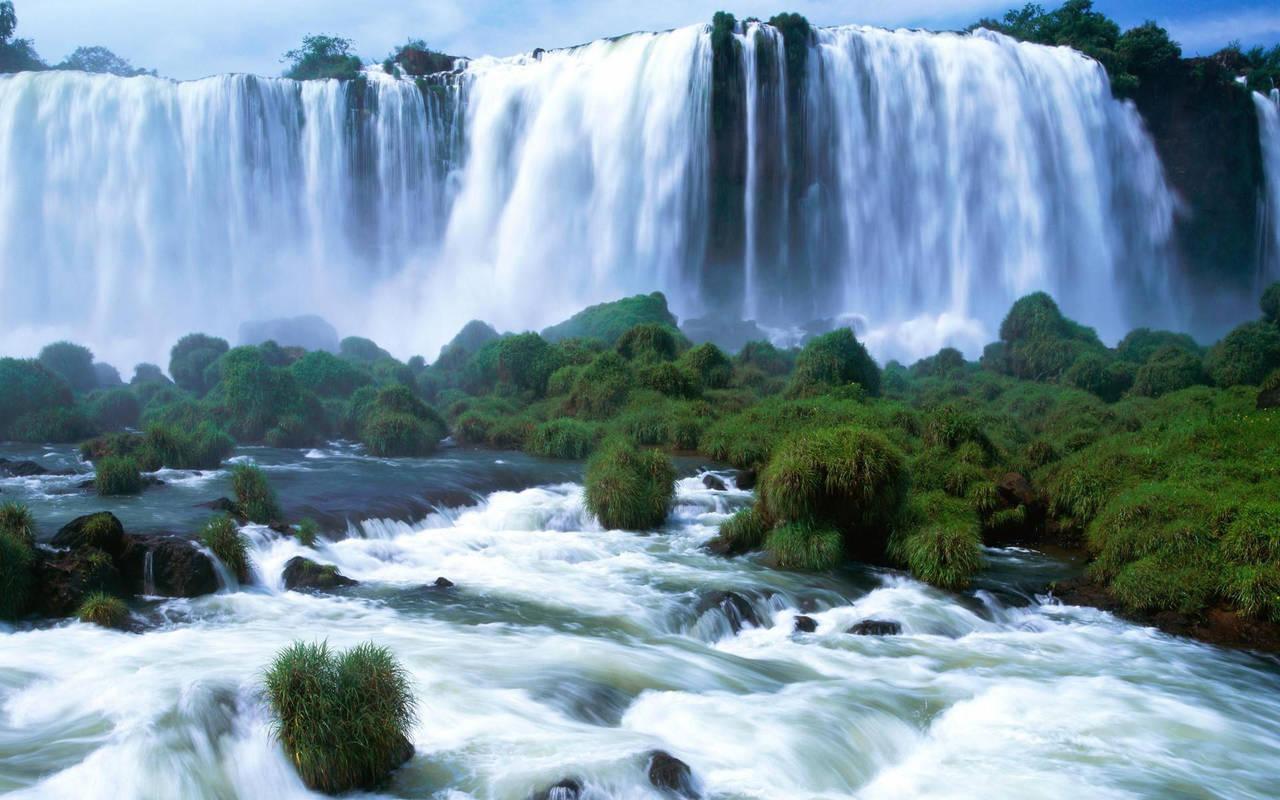 Красивый водопад нажмите на картинку