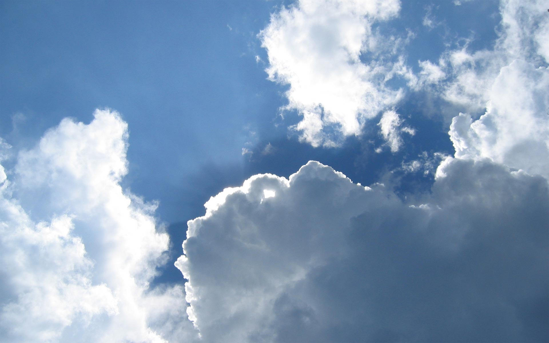 Облака и небо