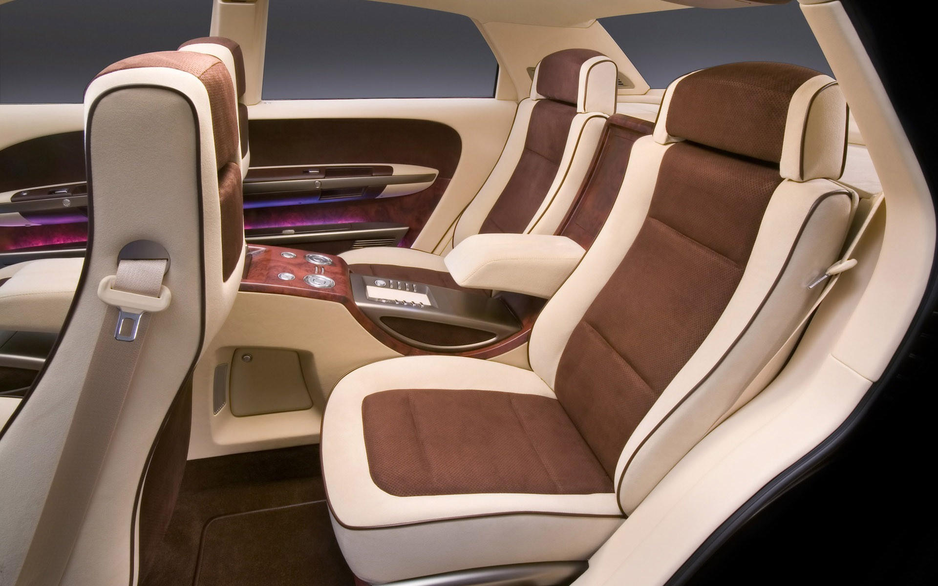 Сиденья в Chrysler