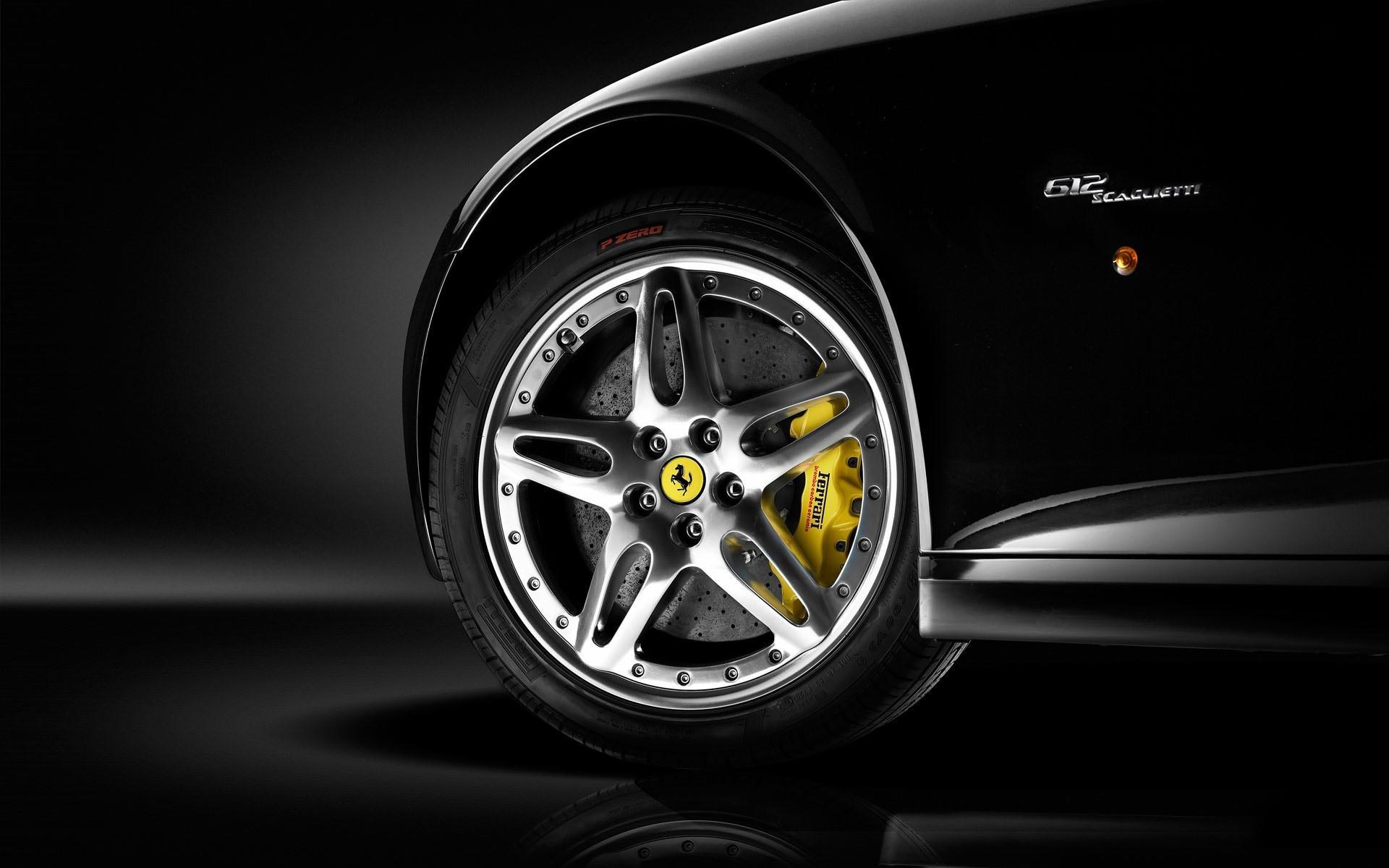 Колесо Ferrari